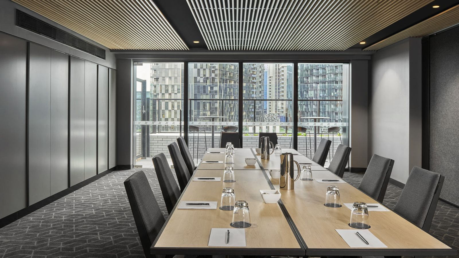The Sky Meeting Room - Boardroom